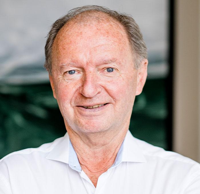 Portraitbild Prof. Dr. med. Dr. med. dent. Paulus